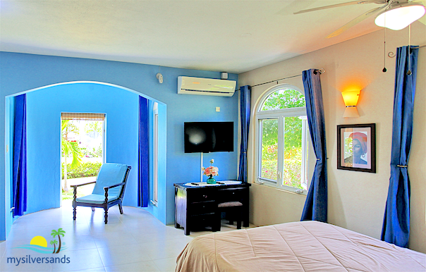 More About The Bedrooms And Bathrooms Of Mi Amor Villa