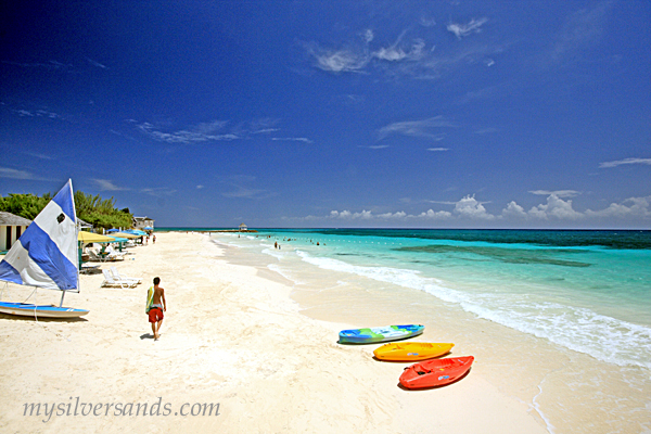 Silver Sands Beach In Jamaica For Villas And Cottages Accommodation