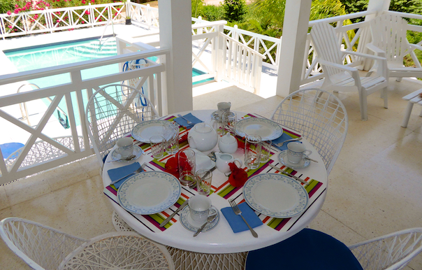 dining on verandah for 4 persons