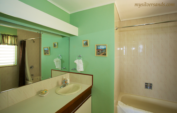bathroom two en suite of honeycomb villa, silver sands jamaica