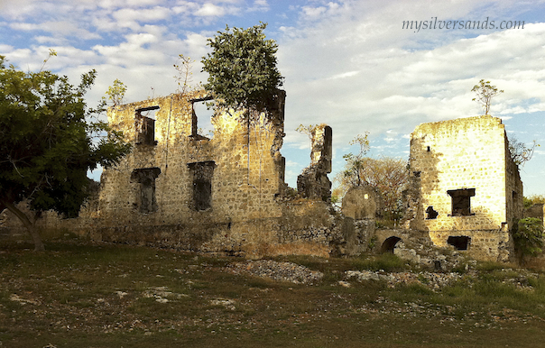 getting closer to the ruins of stewart castle, trelawny, Jamaica